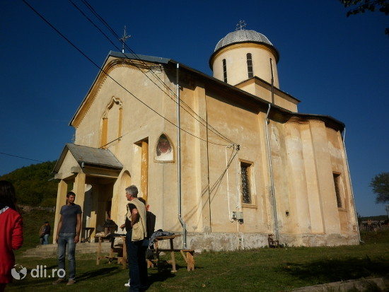 manastirea-vierosi.jpg