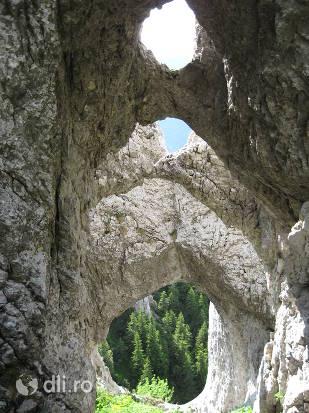 masivul-piatra-craiului.jpg