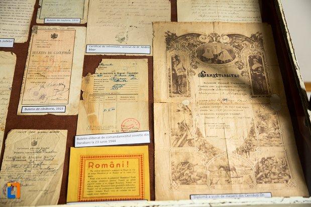 memorii-din-conacul-theodor-bals-azi-muzeul-nordului-din-darabani-judetul-botosani.jpg