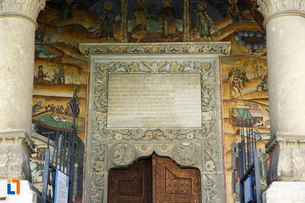 mesaj-biblic-de-la-manastirea-hurezi-din-horezu-judetul-valcea.jpg