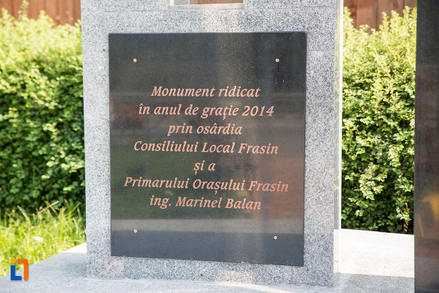 mesaj-de-pe-monumentul-eroilor-din-frasin-judetul-suceava.jpg