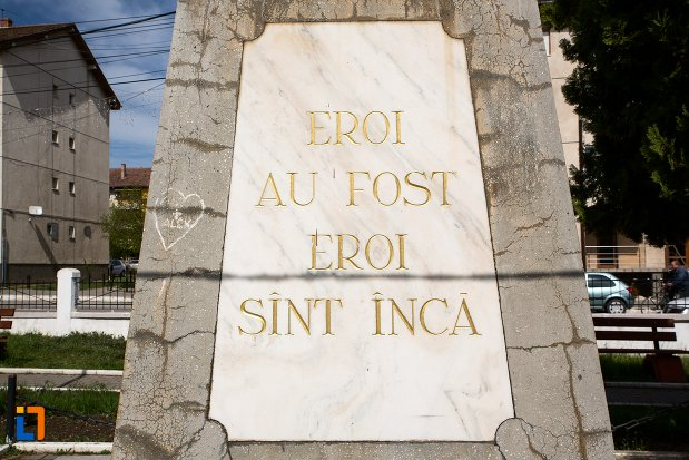 mesaj-de-pe-monumentul-eroilor-din-teius-judetul-alba.jpg