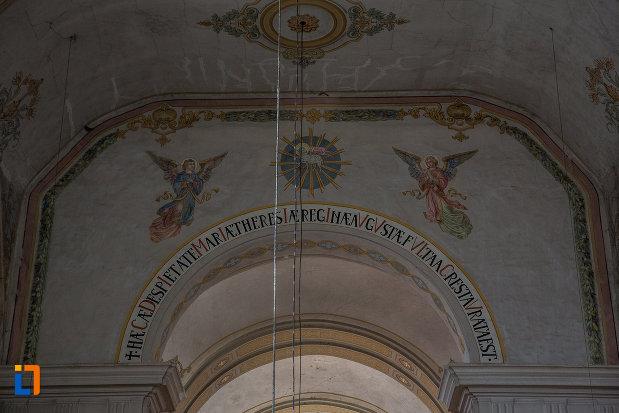 mesaj-in-limba-latina-biserica-ursulinelor-din-sibiu-judetul-sibiu.jpg