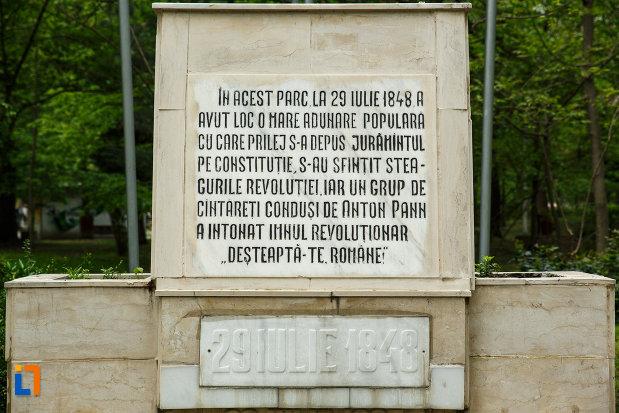 mesajul-de-la-monumentul-revolutiei-de-la-1848-din-ramnicu-valcea-judetul-valcea.jpg