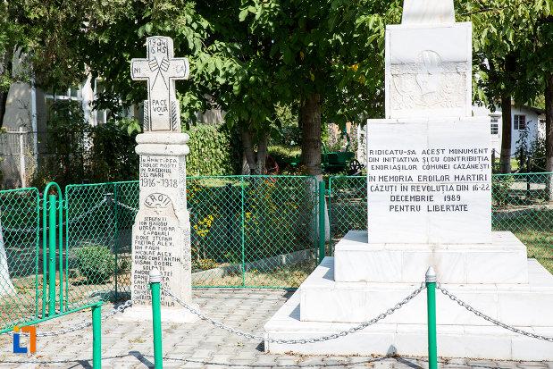 mesajul-de-pe-monumentul-eroilor-revolutiei-din-1989-din-cazanesti-judetul-ialomita.jpg
