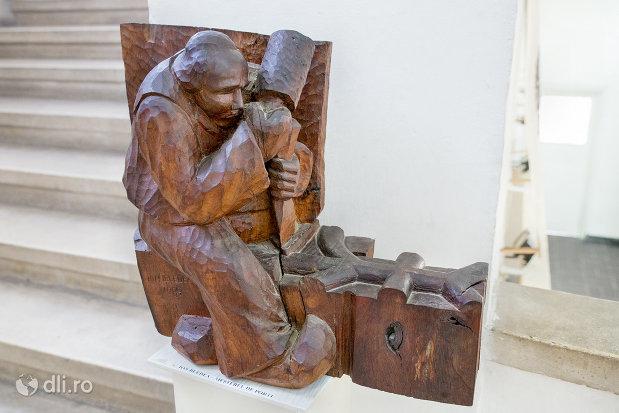 mestesugarul-din-muzeul-etnografic-al-maramuresului-din-sighetu-marmatiei-judetul-maramures.jpg