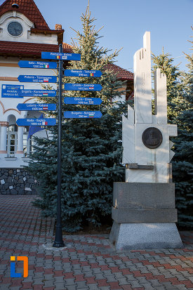 monument-din-orasul-baicoi-judetul-prahova.jpg