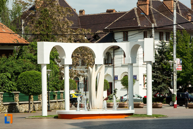 monument-din-orasul-targu-jiu-judetul-gorj.jpg