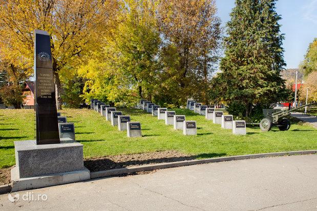 monument-si-cimitirul-comemorativ-din-baia-mare-judetul-maramures.jpg