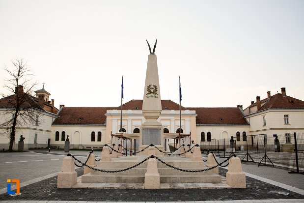 monumentul-custozza-din-alba-iulia-judetul-alba.jpg