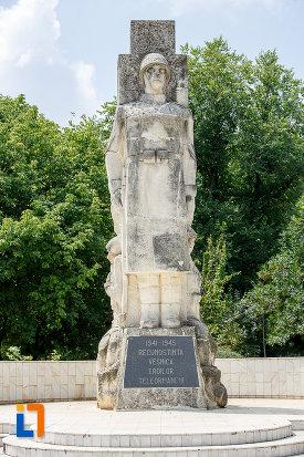 monumentul-eroilor-cazuti-in-cel-de-al-doilea-razboi-mondial-din-alexandria-judetul-teleorman.jpg