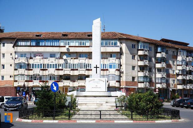 monumentul-eroilor-din-boldesti-scaeni-judetul-prahova.jpg