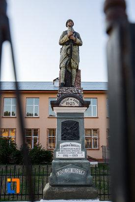 monumentul-eroilor-din-budesti-judetul-calarasi.jpg