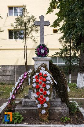monumentul-eroilor-din-buzias-judetul-timis.jpg