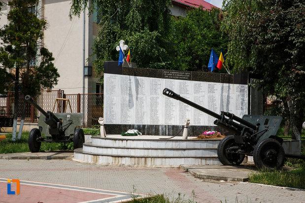 monumentul-eroilor-din-gataia-judetul-timis.jpg