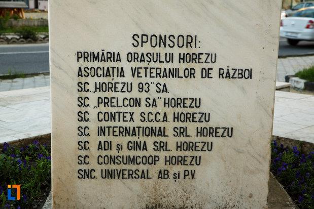 monumentul-eroilor-din-horezu-judetul-valcea-lista-cu-sponsorii.jpg