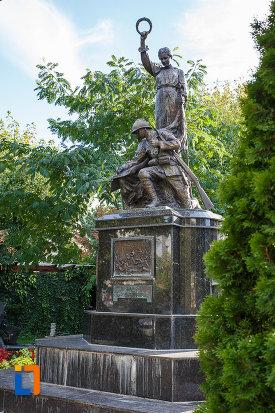 monumentul-eroilor-din-mizil-judetul-prahova.jpg