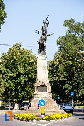 monumentul-eroilor-din-oltenita-judetul-calarasi.jpg