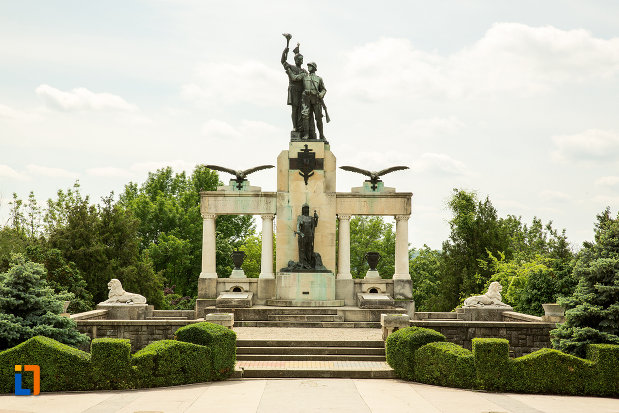 monumentul-eroilor-din-primul-razboi-mondial-din-drobeta-turnu-severin-judetul-mehedinti.jpg