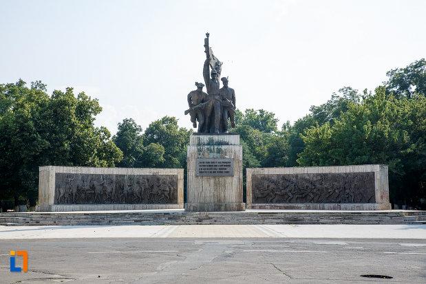 monumentul-independentei-din-turnu-magurele-judetul-teleorman.jpg