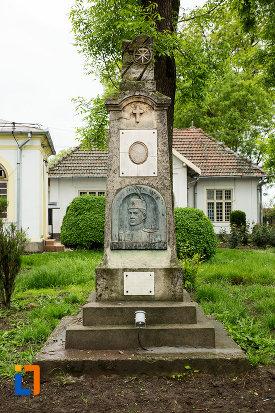 monumentul-locotenentului-gogu-bechererescu-din-bailesti-judetul-dolj.jpg