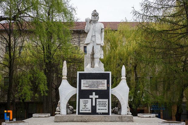 monumentul-minerilor-din-vulcan-judetul-hunedoara.jpg