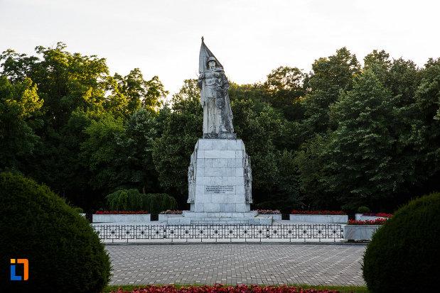 monumentul-ostasului-necunoscut-din-timisoara-judetul-timis.jpg