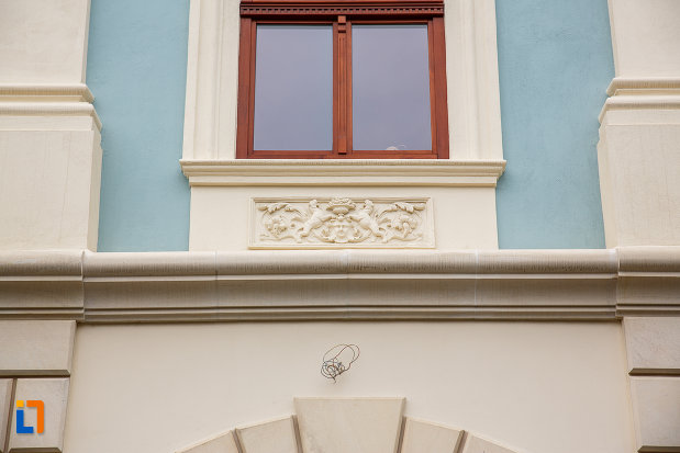 motiv-decorativ-de-la-fosta-scoala-confesionala-evanghelica-1713-din-medias-judetul-sibiu.jpg