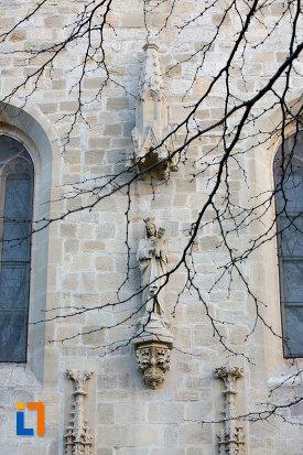 motive-decorative-biserica-romano-catolica-calvaria-din-cluj-napoca-judetul-cluj.jpg