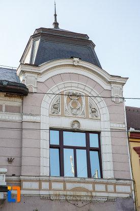 motive-decorative-de-la-fostul-cazinou-evreiesc-din-targu-mures-judetul-mures.jpg