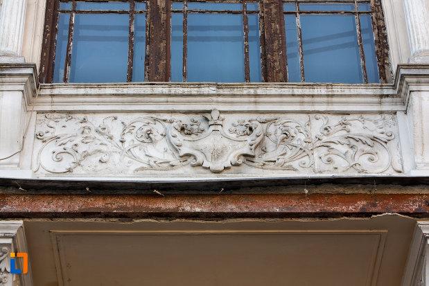 motive-decorative-de-pe-palatul-wass-din-cluj-napoca-judetul-cluj.jpg