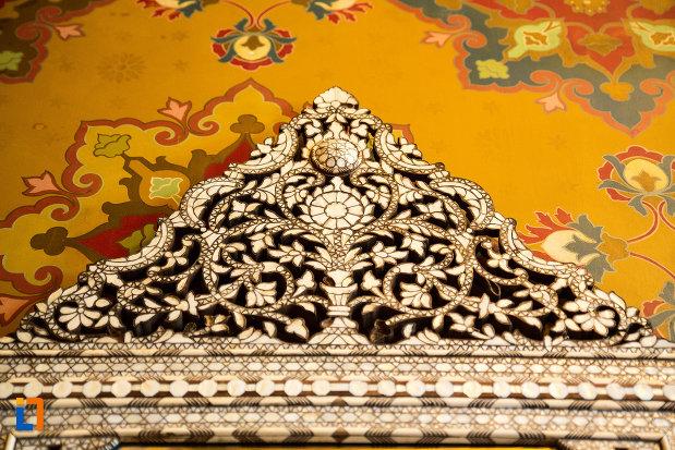 motive-decorative-muzeul-de-arta-si-arta-populara-palatul-marincu-din-calafat-judetul-dolj.jpg