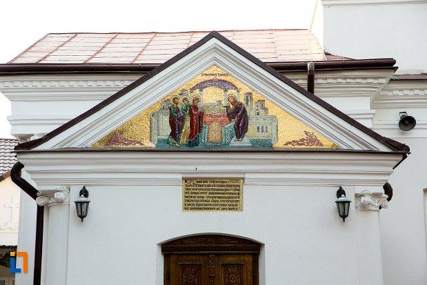 mozaic-biblic-biserica-roset-din-botosani-judetul-botosani.jpg