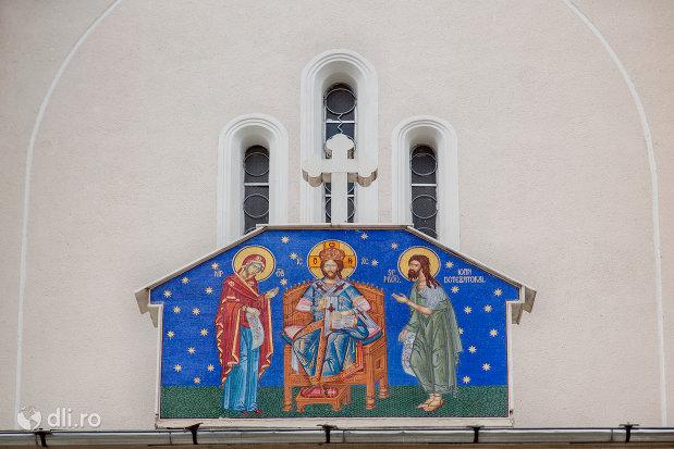 mozaic-de-la-biserica-noua-din-botiza-judetul-maramures.jpg