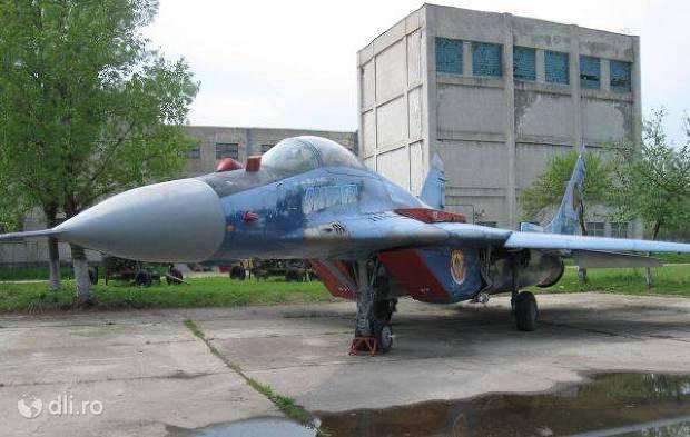 muzeul-aviatiei.jpg