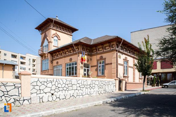 muzeul-axiopolis-din-cernavoda-judetul-constanta.jpg