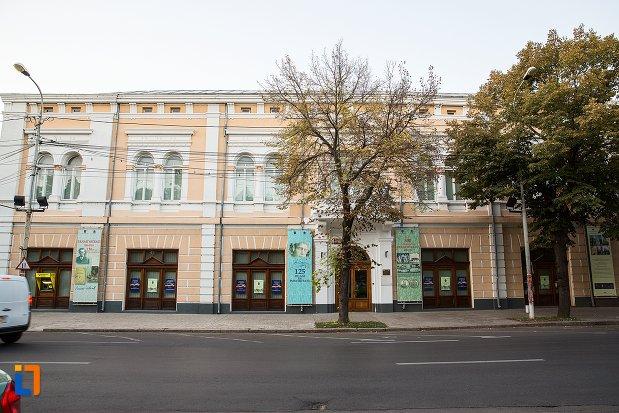 muzeul-brailei-judetul-braila.jpg