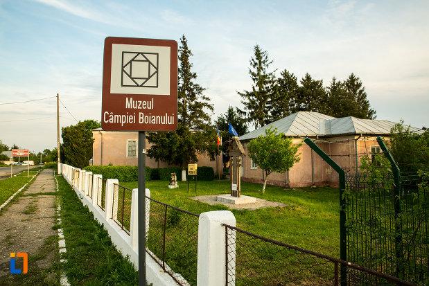 muzeul-campiei-boianului-din-draganesti-olt-judetul-olt-destinatie-turistica.jpg