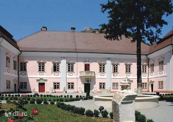 muzeul-civilizatiei-dacice-si-romane.jpg