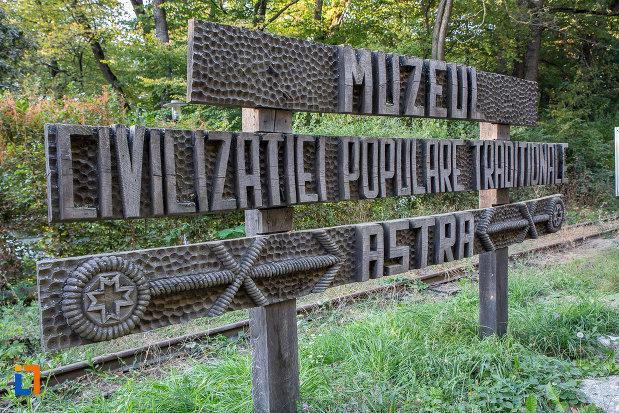 muzeul-civilizatiei-populare-traditionale-astra-din-sibiu-judetul-sibiu.jpg