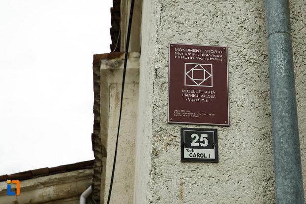 muzeul-de-arta-casa-simian-din-ramnicu-valcea-judetul-valcea-monument-istoric.jpg