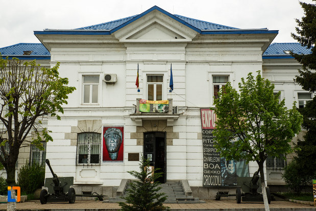 muzeul-de-istorie-din-ramnicu-valcea-judetul-valcea.jpg