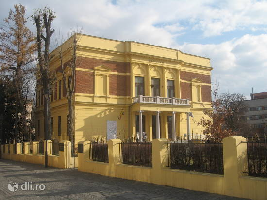 muzeul-de-istorie-din-sibiu.jpg