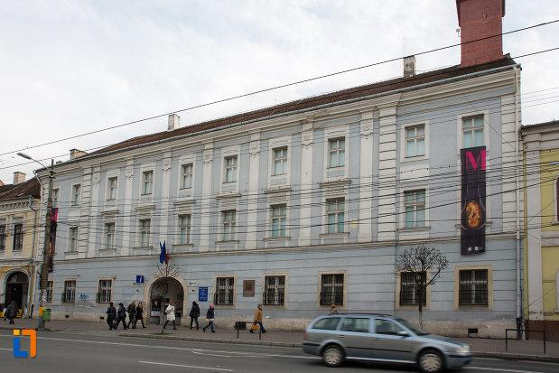 muzeul-etnografic-al-transilvaniei-din-cluj-napoca-judetul-cluj.jpg