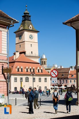 muzeul-judetean-de-istoria-din-brasov-judetul-brasov.jpg