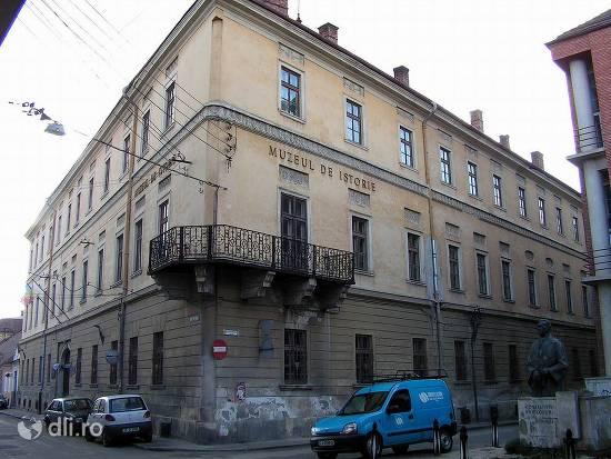 muzeul-national-de-arta-al-transilvaniei.jpg