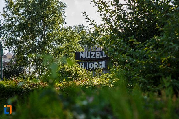 muzeul-nicolae-iorga-orasul-valenii-de-munte-judetul-prahova.jpg