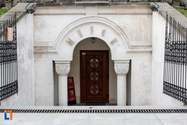 muzeul-ortodox-din-cluj-napoca-judetul-cluj.jpg