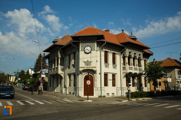 Image result for muzeul viei si vinului dragasani