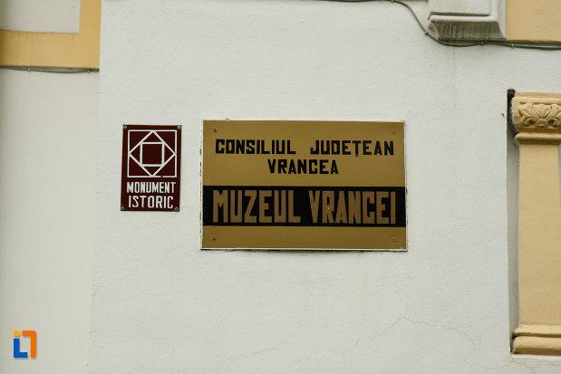 muzeul-vrancei-casa-stefanescu-din-focsani-judetul-vrancea-monument-istoric.jpg